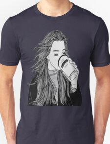She Drinks Americanos & Works at Vogue T-Shirt