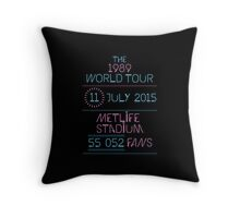 11th July - MetLife Stadium Throw Pillow