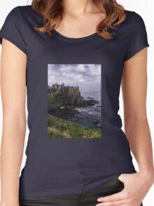 Dunluce Coastal View Women's Fitted Scoop T-Shirt
