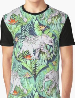 Little Elephant on a Jungle Adventure – faded vintage version Graphic T-Shirt