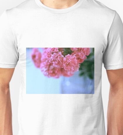 Pretty pink roses Unisex T-Shirt