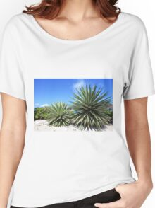Aloe Vera plant at the beach Women's Relaxed Fit T-Shirt