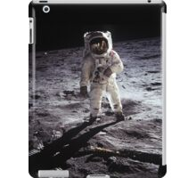 moon landing apollo 11 nasa buzz aldrin 1969 iPad Case/Skin