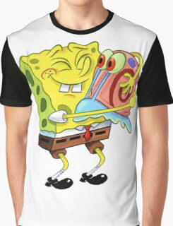Hug Me Graphic T-Shirt
