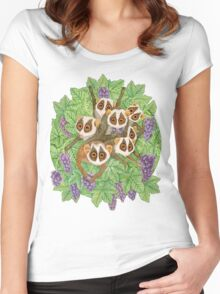 Monkey Loris Family Women's Fitted Scoop T-Shirt