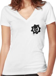 GEARS OF WAR [4K]  Women's Fitted V-Neck T-Shirt