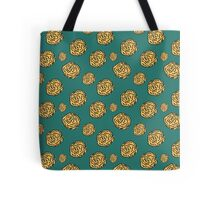 Green Floral Repeating Pattern Tote Bag