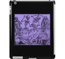 Totentanz / Dance of macabre - violet iPad Case/Skin