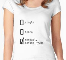 Mentally Dating Hyuna - 4Minute Women's Fitted Scoop T-Shirt