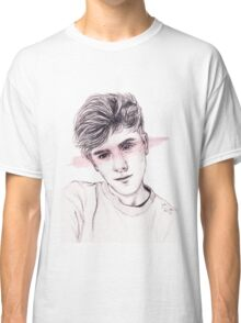 Connor Franta: Streaked Classic T-Shirt
