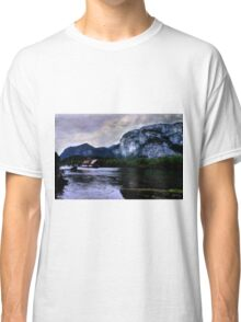 Houseboat Under the Chief Classic T-Shirt