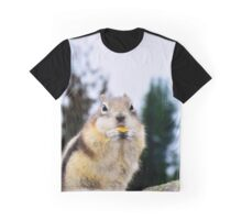 Munching - Squirrel Graphic T-Shirt