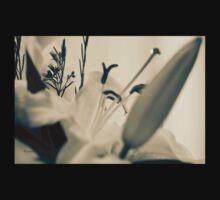 I Love Lilies Baby Tee