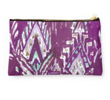 BRAVE FEATHER TRIBAL - PLUM Studio Pouch