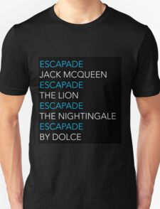 ESCAPADE by DOLCE - Blue and white text pattern T-Shirt