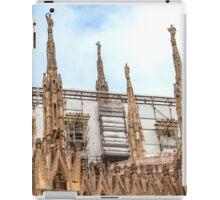 thousands of statues. Duomo de Milano. iPad Case/Skin