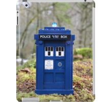 Travel's With The Tardis iPad Case/Skin