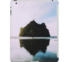 Mount Oceans iPad Case/Skin