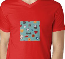Fitness Seamless Pattern. Background with Fitness Equipment Mens V-Neck T-Shirt