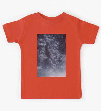 Blue veiled moon II Kids Tee