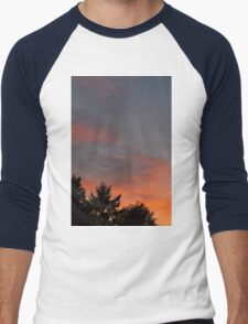 sunset at the countryside Men's Baseball ¾ T-Shirt
