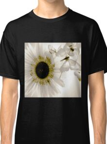 transparence flower in  grey Classic T-Shirt