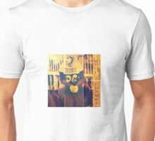 The Man is fashionista Unisex T-Shirt