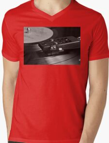 Vinyl record playing on a turntable in Monochrome Mens V-Neck T-Shirt