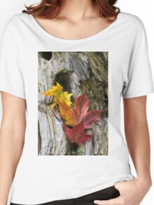 Maple Leaves Coloured from Autumn in yellow to red Women's Relaxed Fit T-Shirt