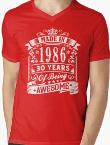 MADE IN 1986 Mens V-Neck T-Shirt
