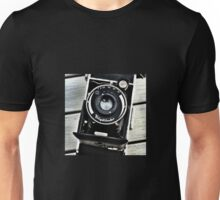 Old vintage german camera Unisex T-Shirt