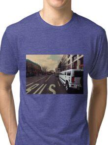 hummer XXL, sightseeing berlin Tri-blend T-Shirt