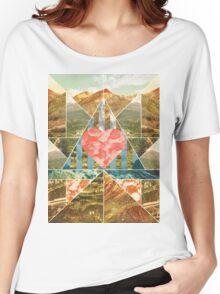 Heart Travel Women's Relaxed Fit T-Shirt