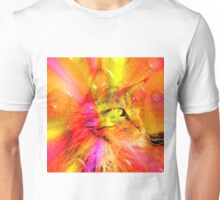 Funky Portrait of a Maine Coon cat    Unisex T-Shirt