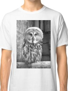 Monochrome Great Grey Owl Classic T-Shirt