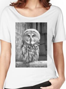 Monochrome Great Grey Owl Women's Relaxed Fit T-Shirt