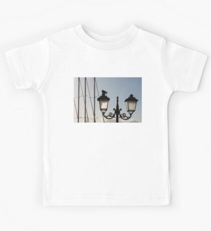 Dove Perch - Quaint Cast Iron Harbor Lights and Boat Masts - Left Kids Tee