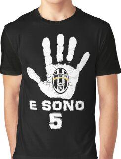 Juventus, e sono 5 scudetti consecutivi (su nero) Graphic T-Shirt