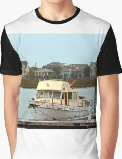 Rusty Old Boat Graphic T-Shirt