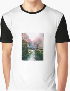 Sun and Water Graphic T-Shirt