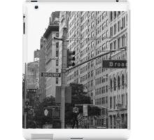 Traffic lights on Broadway (monochrome) iPad Case/Skin
