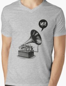 Hip-Hop Gramophone Mens V-Neck T-Shirt