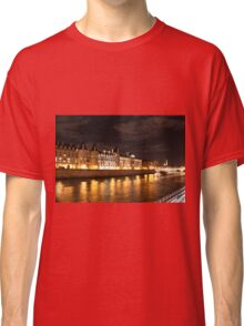 Conciergerie at night Classic T-Shirt