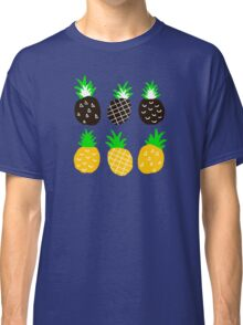 Black pineapple Classic T-Shirt