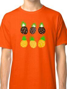 Black pineapple Classic T-Shirt