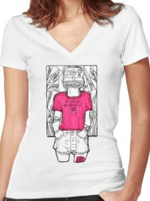 i selfie therefore Women's Fitted V-Neck T-Shirt