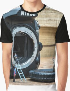 Cleaning a nikon camera Graphic T-Shirt