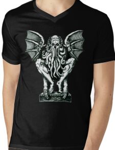 The Great Cthulhu Mens V-Neck T-Shirt