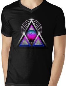 """Retro 80's Synthwave / New Retro Wave: Neon Nights (Without """"SynthWave"""" Logo) Mens V-Neck T-Shirt"""