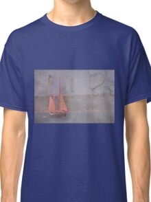 Sailing the Channel Classic T-Shirt